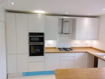 build_dec_fitted_kitchen